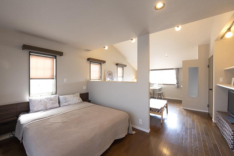リモートワークでも、夫婦がほどよい距離感で共存できる部屋